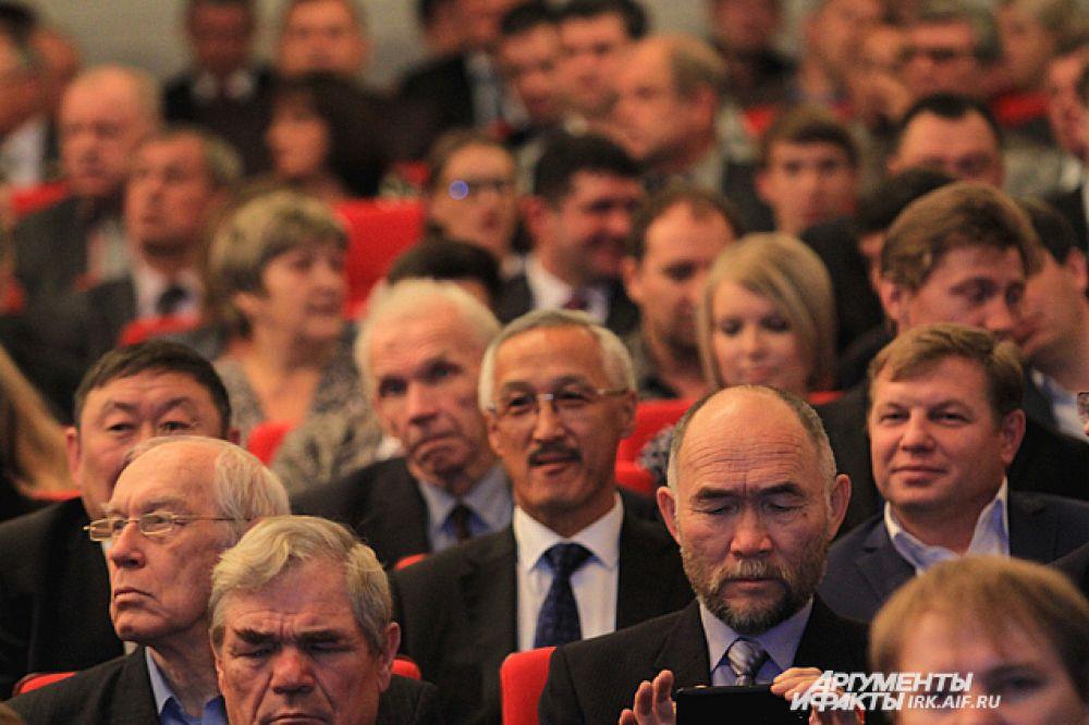 Политики из соседней Бурятии приехали поздравить Сергея Левченко.