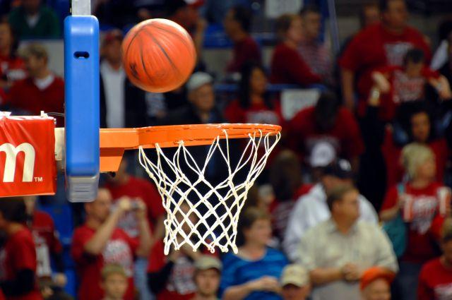 На содержание омской баскетбольной команды в бюджете нет денег.