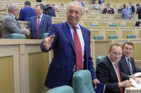 Ралиф Сафин во время заседания Совета Федерации