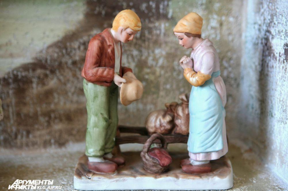 """Иоанн Портациус часто посещал поэтический кружок «Ревнителей бренности», собиравшихся в «Тыквенной избушке» на берегу Прегеля. Среди завсегдатаев """"Тыквенной избушки"""" были поэт Симон Дах и музыкант Генрих Альберт. К свадьбе Анны и Иоанна поэт и музыкант подарили молодожёнам песню.  Однако песня обрела популярность везде, где говорили по-немецки, только спустя сто лет. Теперь ее считают народной."""