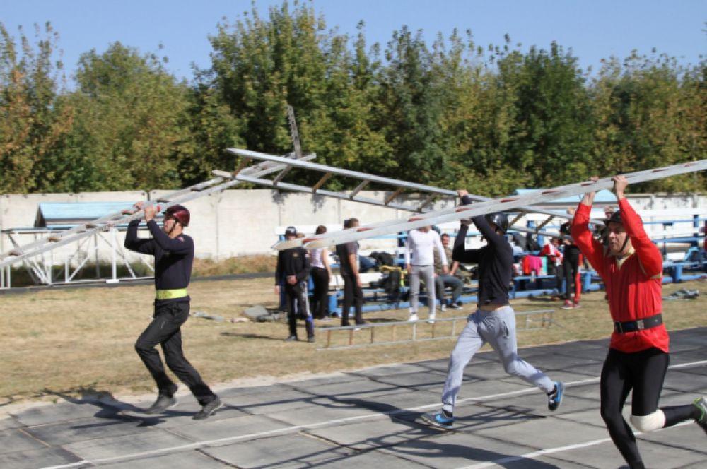 Соревнования проходили на стадионе воинской части №1185.