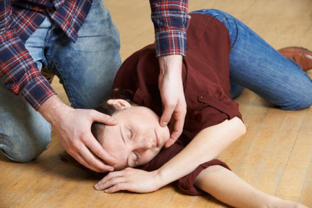 Як возбудить мужчину без сознания видео — 1