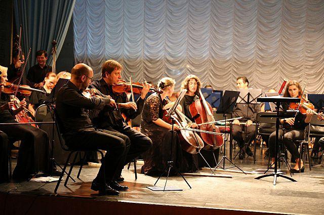 Оркестр Приморского театра оперы и балета.