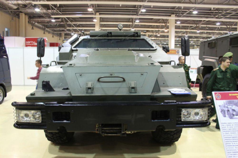 Автомобиль «КамАЗ 43269 «Выстрел».