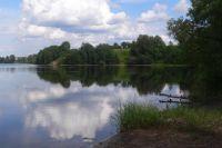 В Омской области арендовали землю под озером.