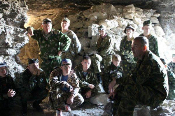 В экспедиции приняли участие военнослужащие 2-й роты 90-го отдельного специального поискового батальона.