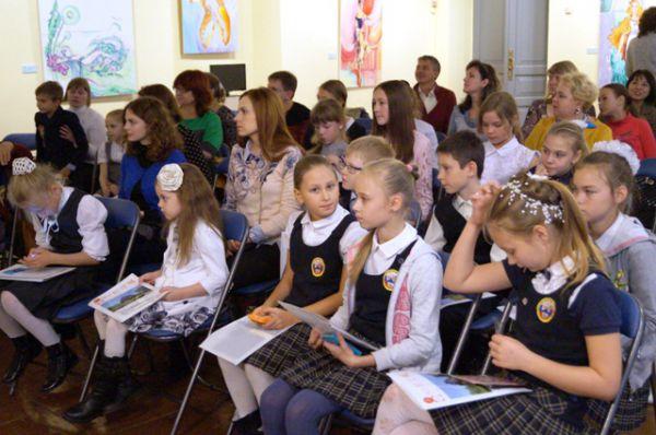 Хабаровские школьники задавали мастеру вопросы