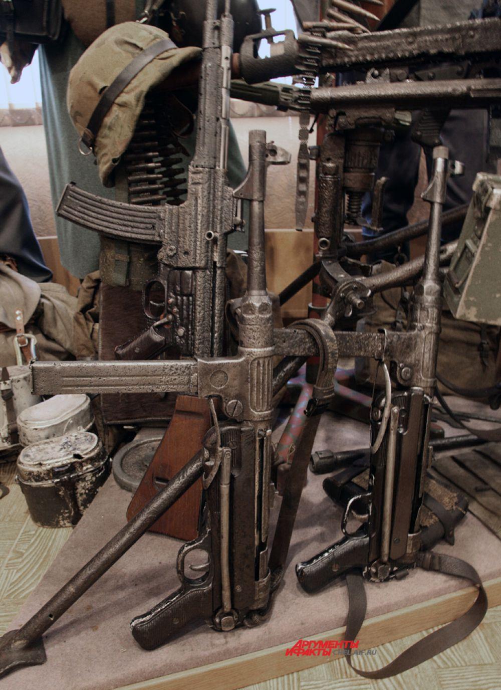 Автоматы вермахта МП-38 и СТГ-43