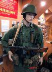"""Американский солдат с автоматом """"Томпсон"""" времён войны"""