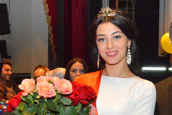 Победительница фестиваля Диана Джаримова