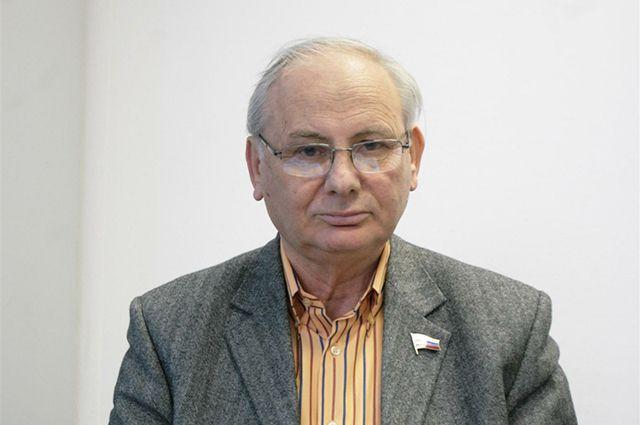 Борис Резник.