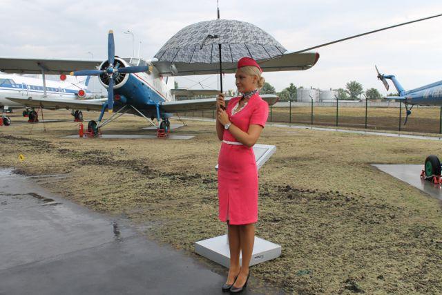 Музей гражданской авиации под открытым небом в аэропорту Оренбурга.