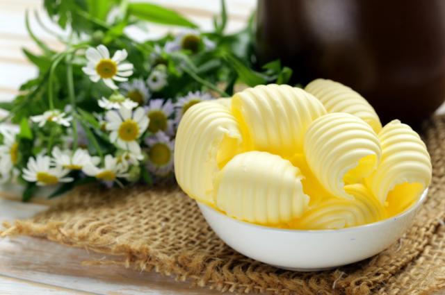 Омские хозяйки предпочитают сливочное масло «Лужайкино».