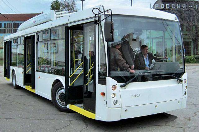 Электробус - троллейбус, который может ездить по бесконтактной линии.