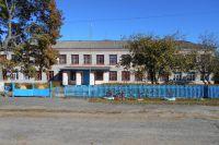Здание школы в Белом Колодце.