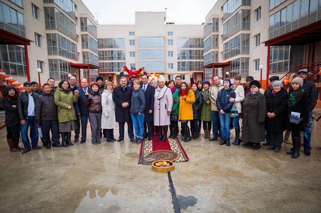 Якутские новосёлы счастливы, переехав сюда изаварийных домов.