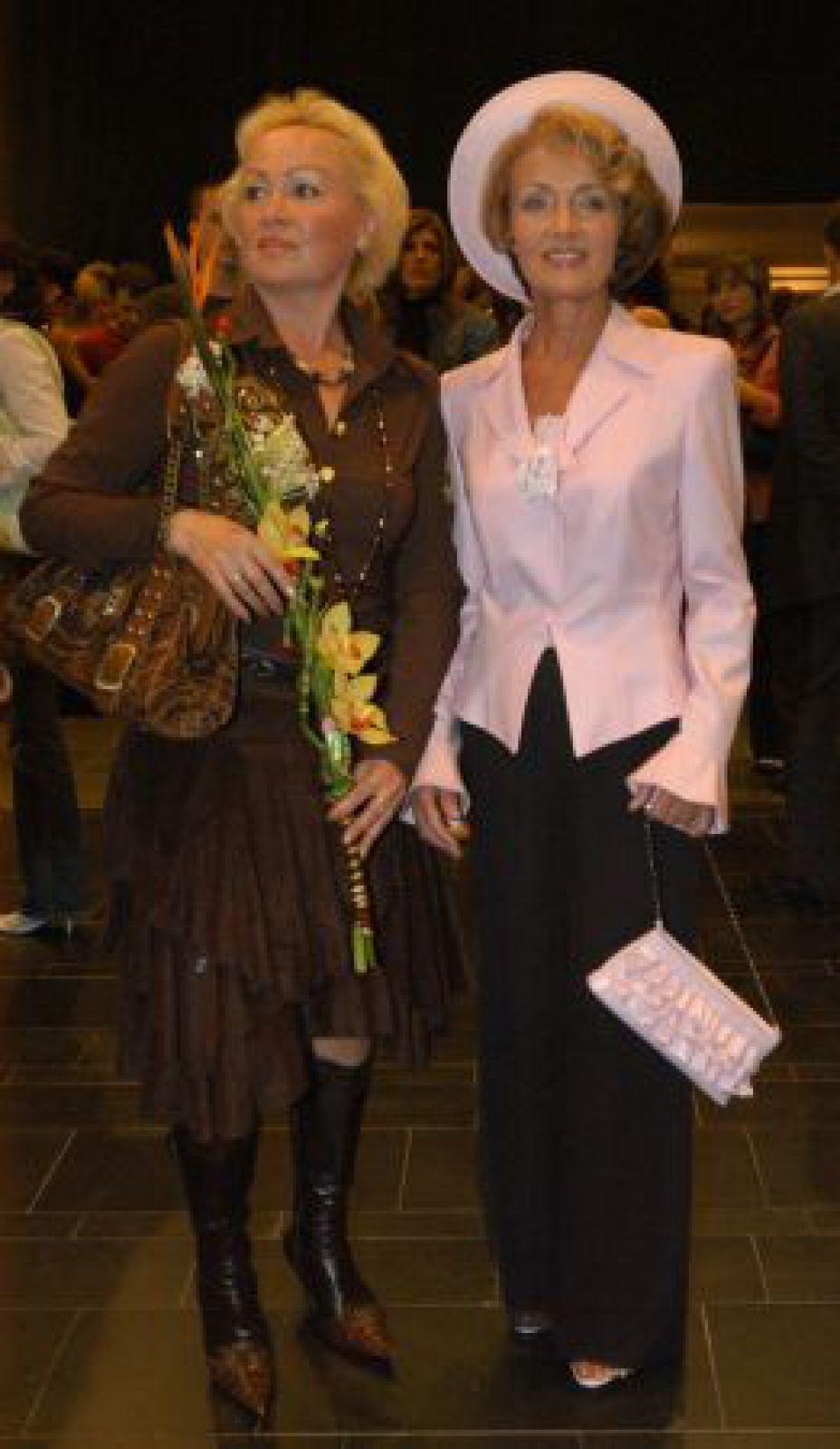 Людмила Омельченко с подругой