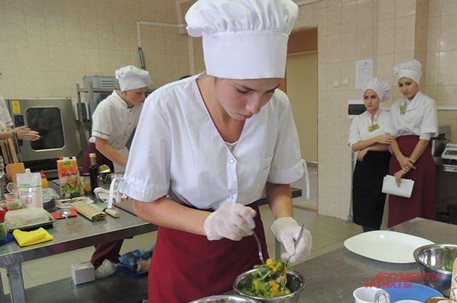 Фото полних голих девушек и студентов украини фото 266-411