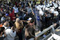 Спокойствия сегодня нет даже в столице Турции Анкаре - там гремят взрывы.