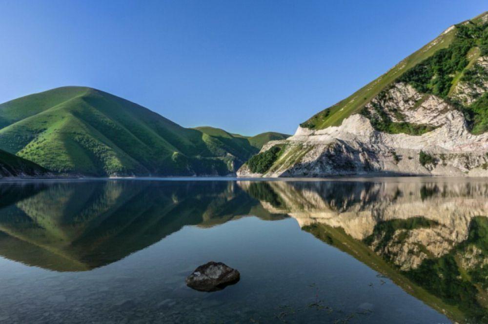 Высокогорное озеро Казеной-Ам.