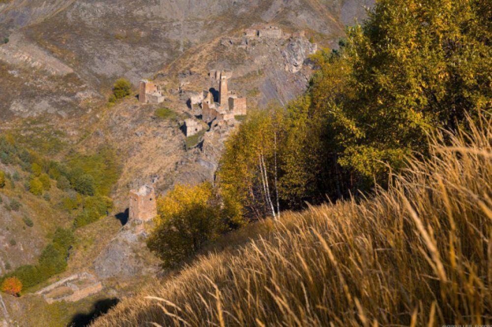 Развалины древнего аула Никарой.