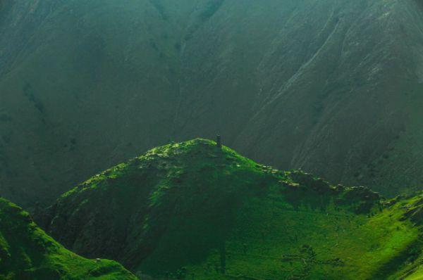 Цой-Педе – погребальное сооружение в верховьях Малхистинского ущелья. Один из крупнейших средневековых некрополей на Кавказе.