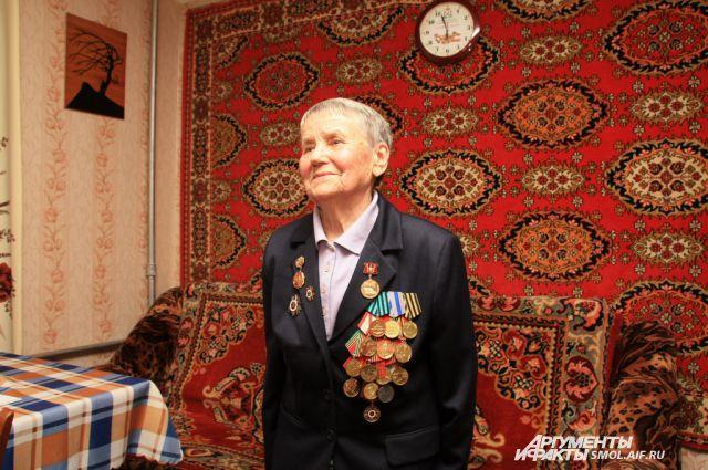 Сама Анна Савельевна просила сына не искать потерянную медаль.