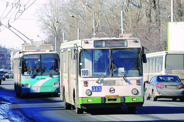Городской транспорт изношен более чем на 90%.