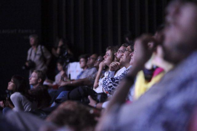Пока арендаторы выясняют отношения, кинотеатры работают.