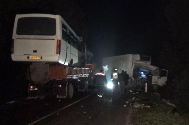 В аварии под Калининградом погибли двое.