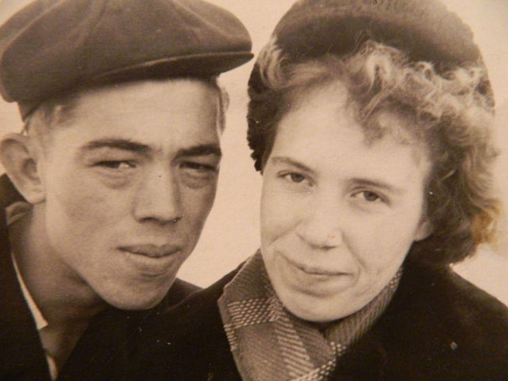 Пара №4. Геннадий и Лидия Понимаскины, в январе отметят 55 лет семейной жизни. Фото сделано в 1960 году.