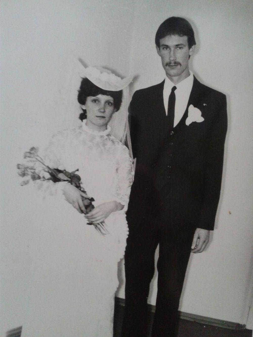 Пара №3. Сергей и Елена Смагины, в браке 31 год. Фото сделано в 1984 году.