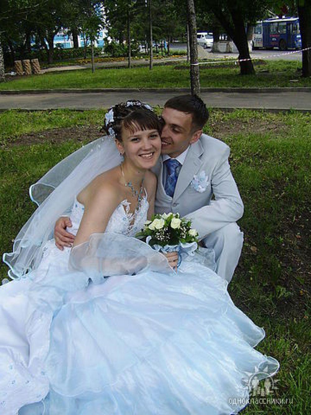 Пара №6. Виталий и Анастасия, в браке 8 лет. Фото сделано в 2007 году.