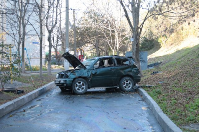 Хозяйка автомобиля не смогла справиться с управлением.