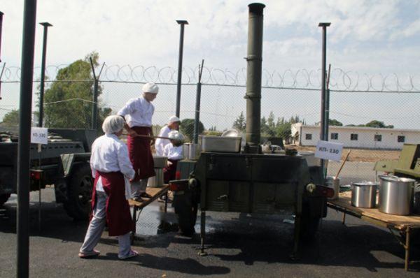Полевая кухня на базе «Хмеймим».