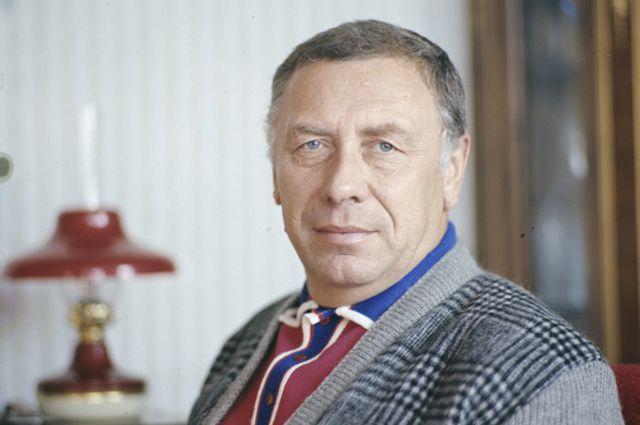 Анатолий Дмитриевич Папанов, народный артист СССР.