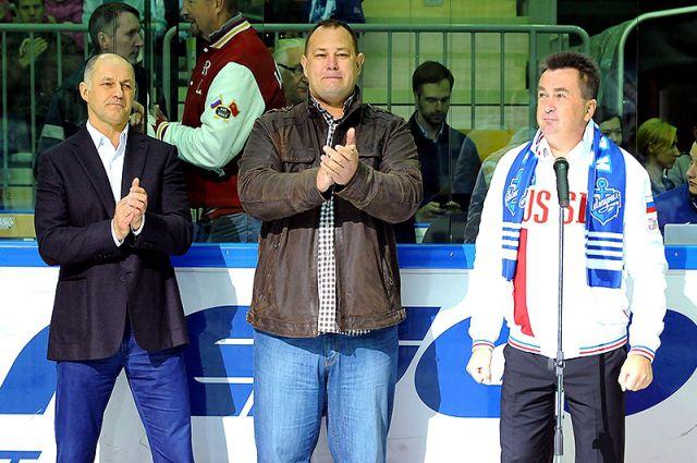 Победитель турнира получит кубок губернатора Приморья Владимира Миклушевского.
