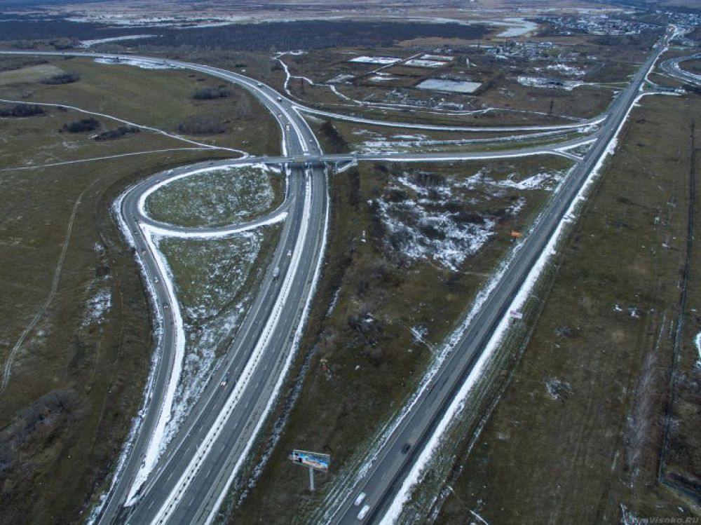 7 и 6 место. Развязки около Новоалтайска (на фото) и поворот к аэропорту им.Титова