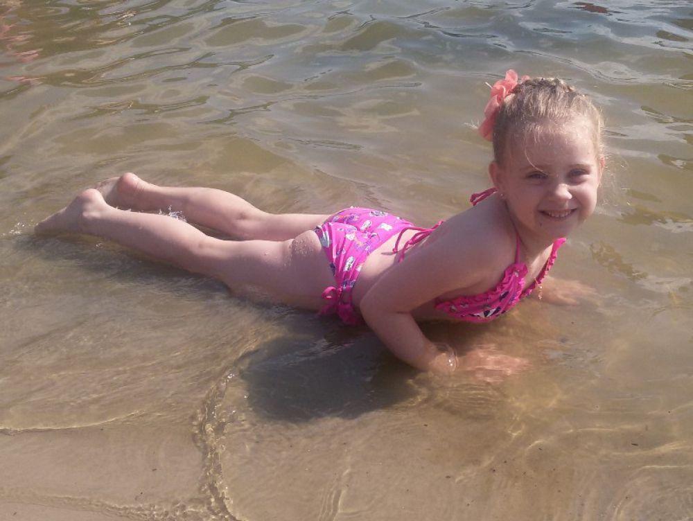 Аня, 6 лет