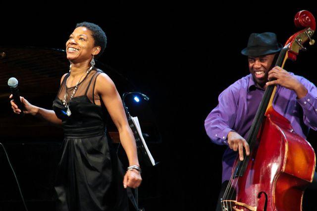 Международный джазовый фестиваль во Владивостоке начал свою историю с 2003 года.