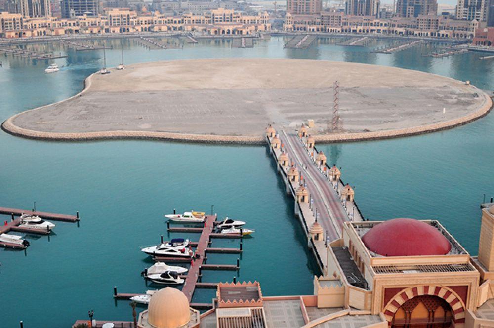 Жемчужина Катара – роскошный жилой комплекс, строящийся на искусственном острове с лагунами у побережья Дохи.