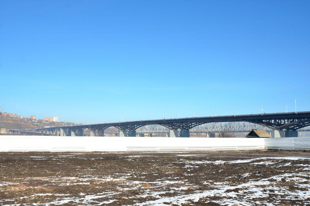 Место строительства ледовой арены.