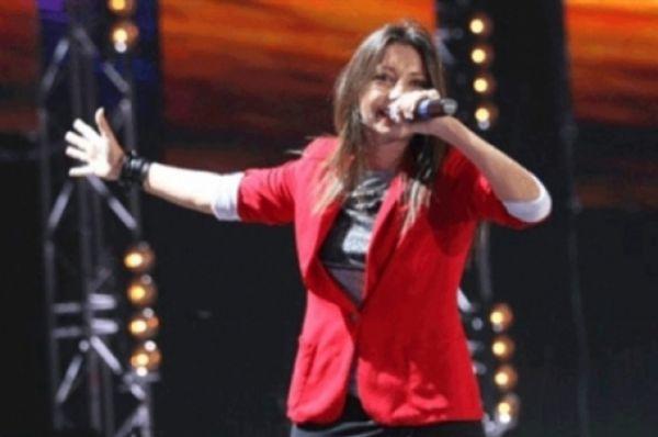 Диляра Вагапова. Участвовала в шоу «Народный артист» в 2004 году. После чего создала свою группу «Мураками». В 2010 группа участвовала в «Новой волне», в 2014 году Вагапова участвовала в третьем сезоне шоу «Голос».