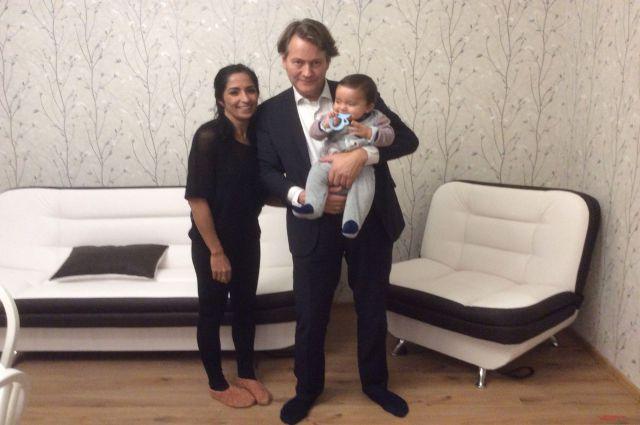 Александр Гревениц, его жена Дора и сын Алексей.