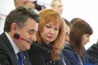 Елена Вавилова (в центре).
