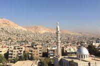 Война в Сирии идёт повсюду: и в горах, и в пустыне, и в городах.