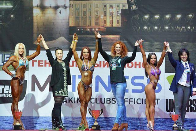 Антонина Лазукова (в центре) вновь в числе лучших.