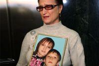 Мать убитой в станице Кущевская Натальи Касьян Светлана Сребная во время судебного заседания по делу члена банды Сергея Цапка Андрея Быкова в Краснодаре.