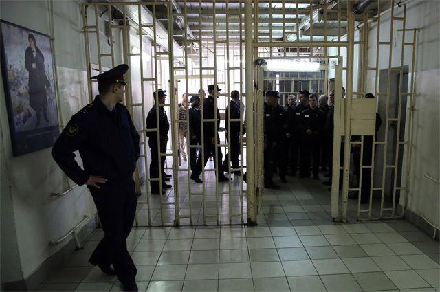 Суд назначил преступнику наказание в виде 13 лет лишения свободы.