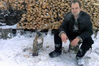 Роман Сенчин в деревне у родителей под Минусинском.